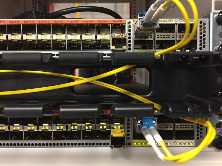 router switch with yellow cables