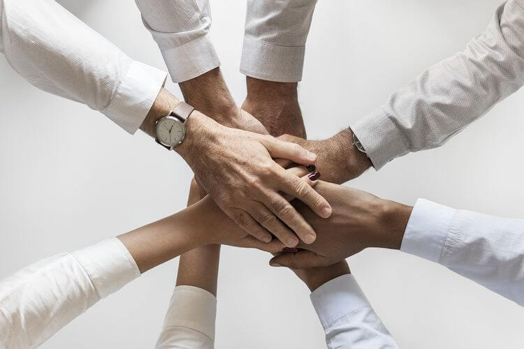 8 hands in unison